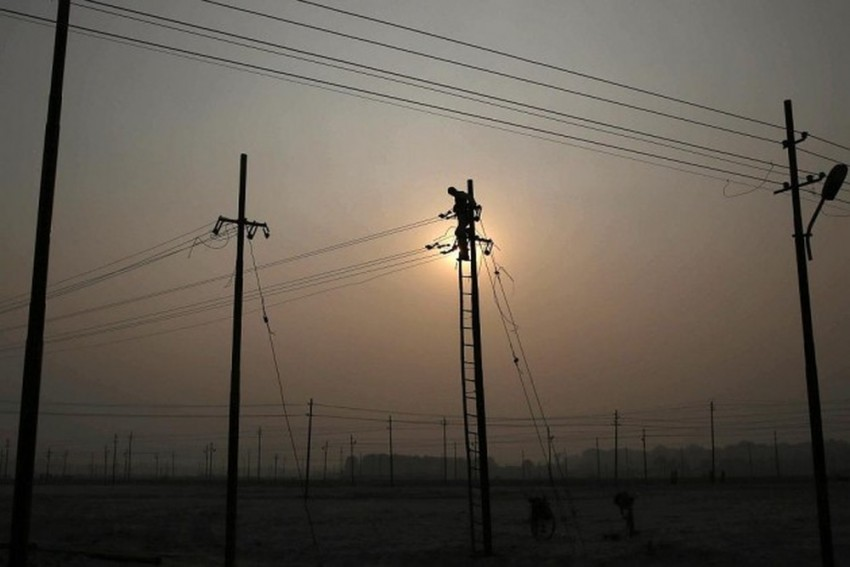 Four Children Electrocuted After Live Wire Falls Into Pool In Uttar Pradesh
