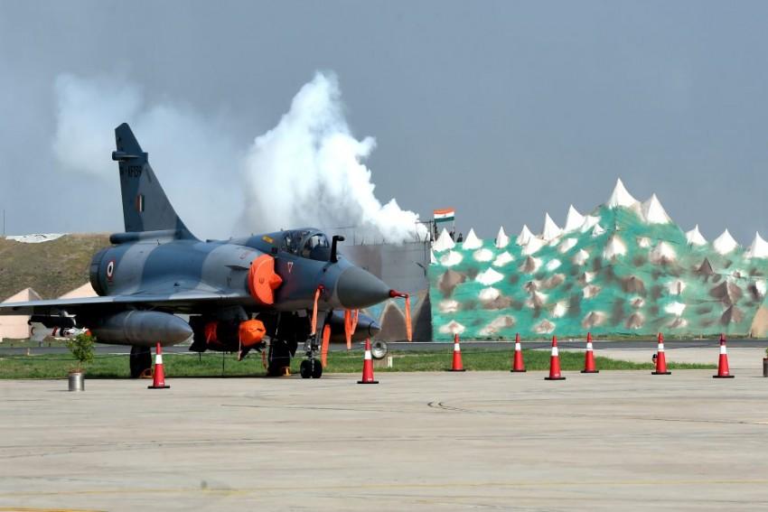 20 Years Of Kargil War: IAF Turns Gwalior Air Base Into 'War Theatre'