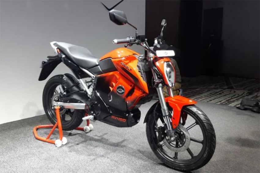 Top 5 Bike News Of The Week: Revolt RV 400 Unveiled, KTM RC 125 Launched, 350cc Harley-Davidson, 2019 Suzuki Gixxer And More