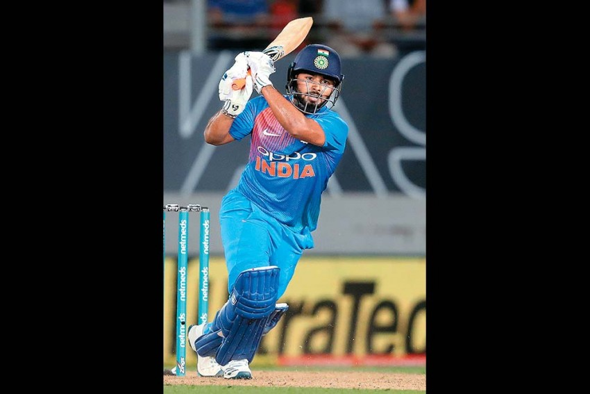 Not Just Milk, What's Common Between Rishabh Pant and Virender Sehwag