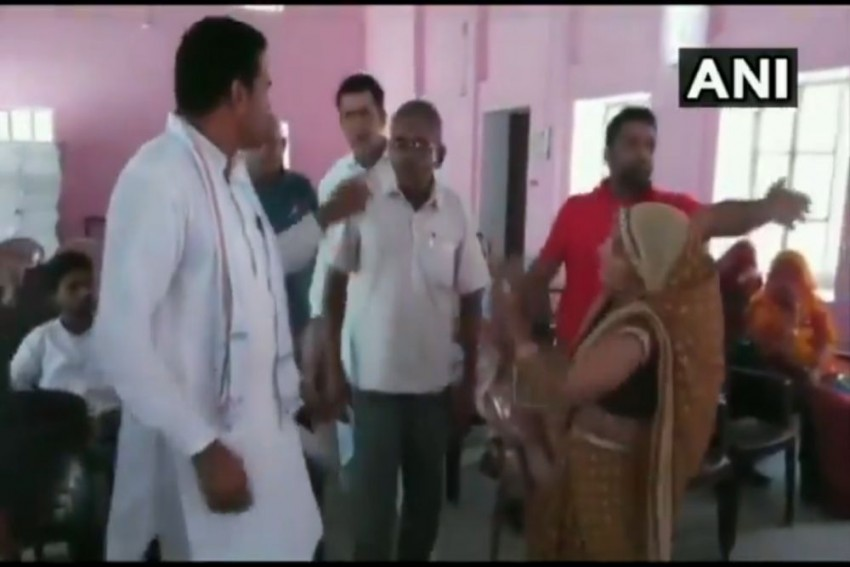 WATCH | Woman Panchayat Member Takes Off Slipper To Beat Man, Says He Doesn't Let Her Talk In Meetings