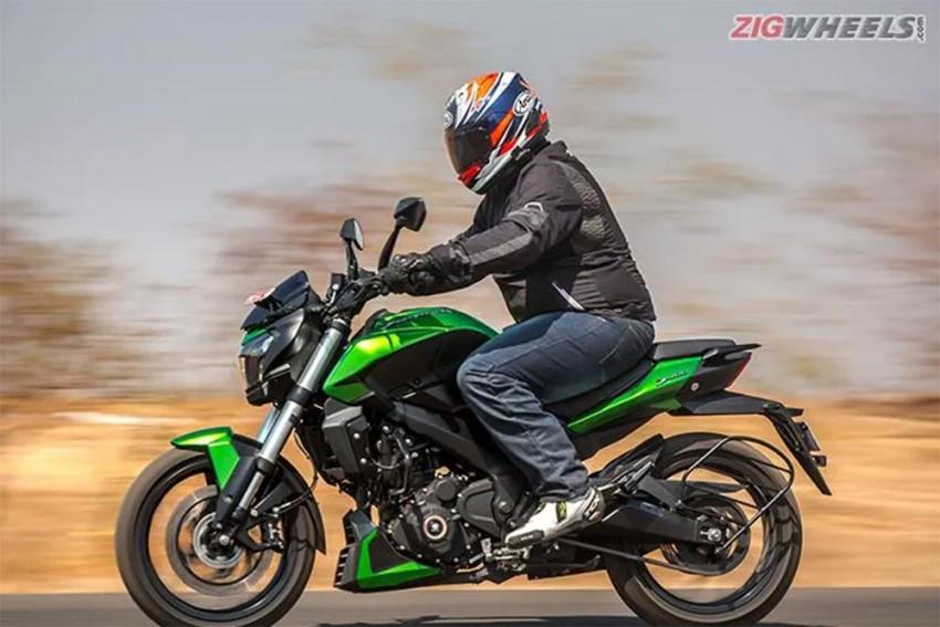 Bajaj Dominar 400 Decimates All Royal Enfield 500cc Bikes In Terms Of Sales!