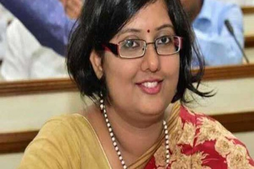 IAS Officer Accused Of Spending Rs 70 Lakh On Renovation Of Her Residential Quarter In Rourkela, She Says 'It's A Lie'