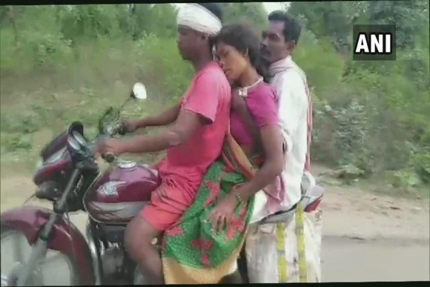Jharkhand: Family Takes Pregnant Woman To Hospital On Motorcycle After Being Denied Ambulance
