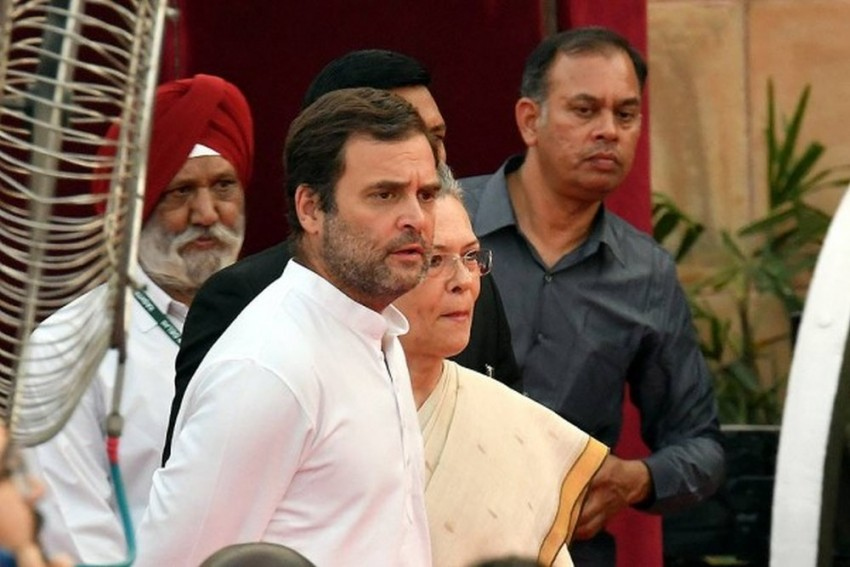 Resignation Of Congress Office-Bearers Pour In To Convince Rahul Gandhi To Stay