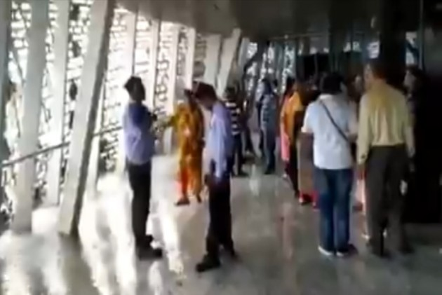 WATCH | Puddles Of Water On Viewing Gallery's Floor In Sardar Patel's Statue Of Unity