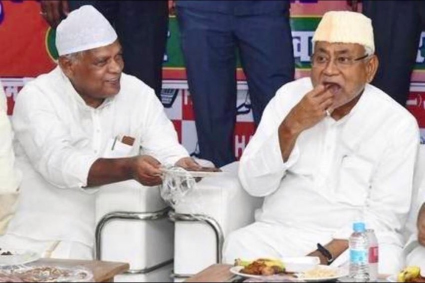 Giriraj Singh Taunts NDA Allies Nitish Kumar, Ram Vilas Paswan Over Iftar Party