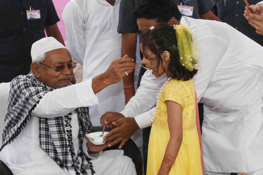 Such People Have No Religion: Nitish Kumar Hits Out At Giriraj Singh On Eid