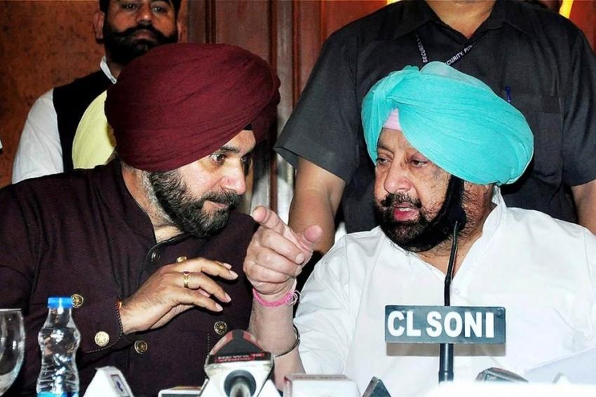 Punjab CM Amarinder Singh Rejigs Cabinet, Navjot Singh Sidhu Loses Key Department