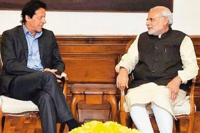 Imran Khan Writes To PM Modi, Offers Talks On Kashmir, Other Issues: Report
