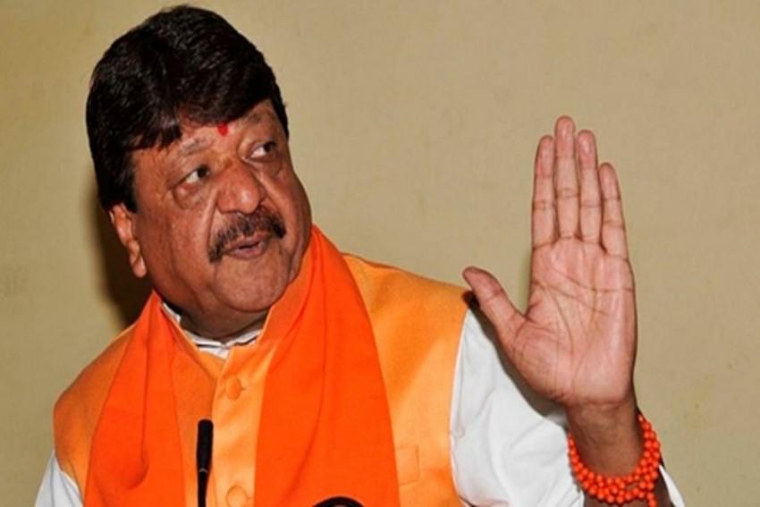 <em>'Kachhe Khiladi Hain'</em>: BJP's Kailash Vijayvargiya On Son Akash Thrashing A Govt Official