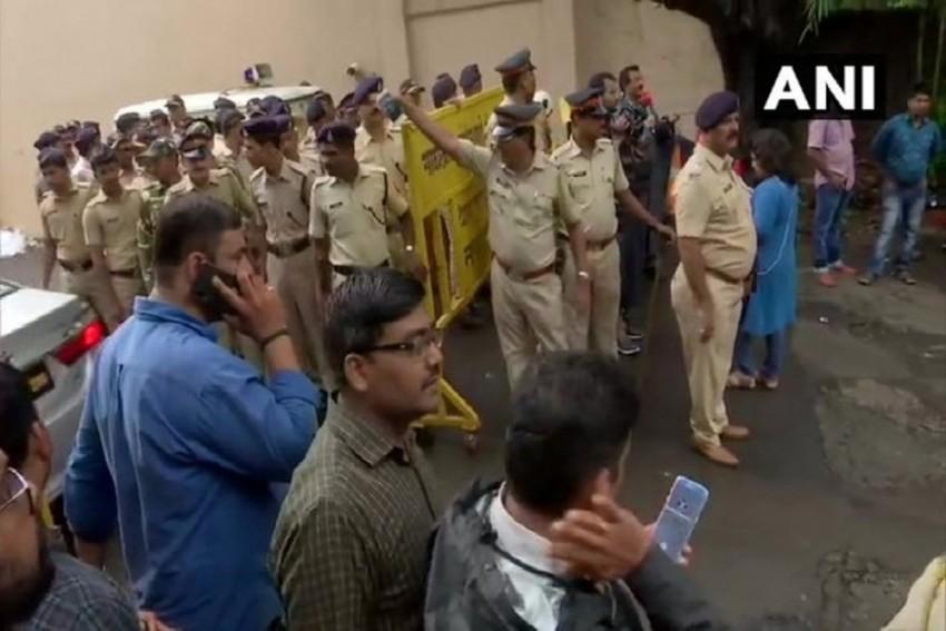 Mumbai Hotel Housing Rebel Karnataka MLAs Turns Into Virtual Fortress