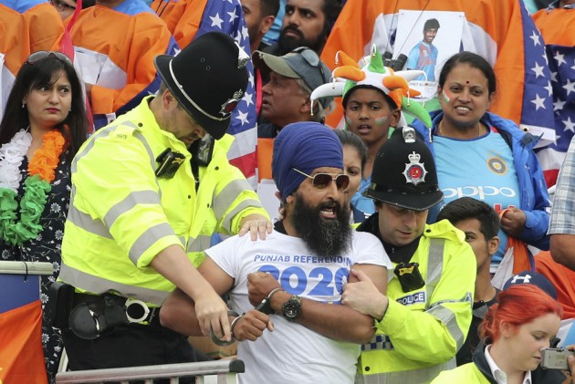 IND Vs NZ, ICC Cricket World Cup 2019: Pro-Khalistan Sikh Protestors Evicted From India's Semi-Final Match