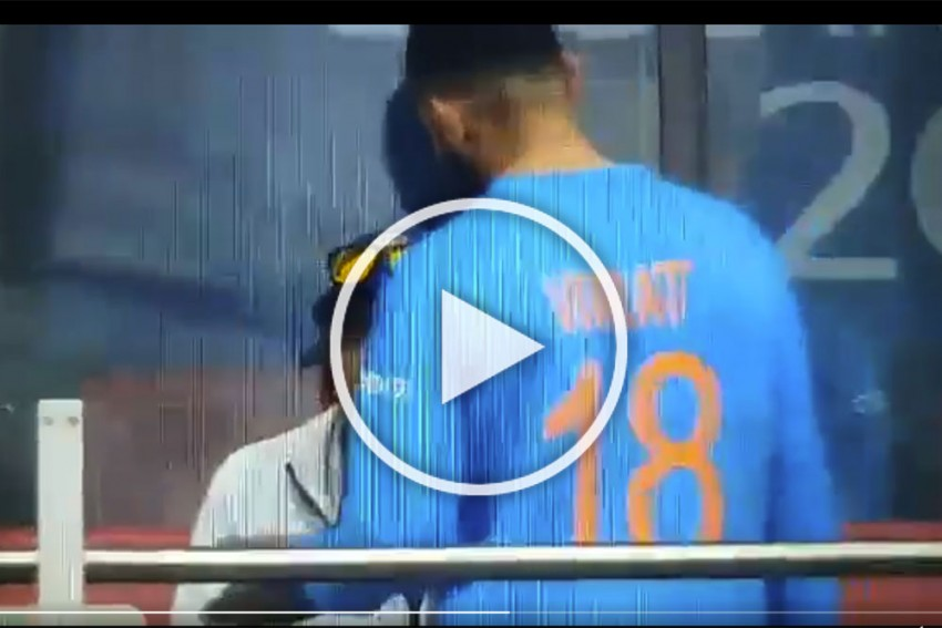 IND vs NZ, Cricket World Cup: Fuming Virat Kohli Takes It Out On Ravi Shastri After Reckless Rishabh Pant's Dismissal – WATCH