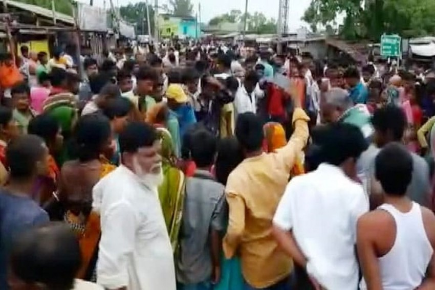 Bihar: Eight Including Two Children Crushed To Death By Truck In Lakhisarai