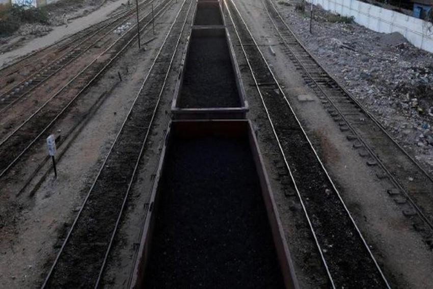 11 Dead, 60 Injured In Train Collision In Pakistan