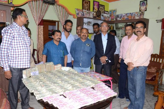 93.5 Lakh Cash, Jewellery Found At Telangana Revenue Officer's Home