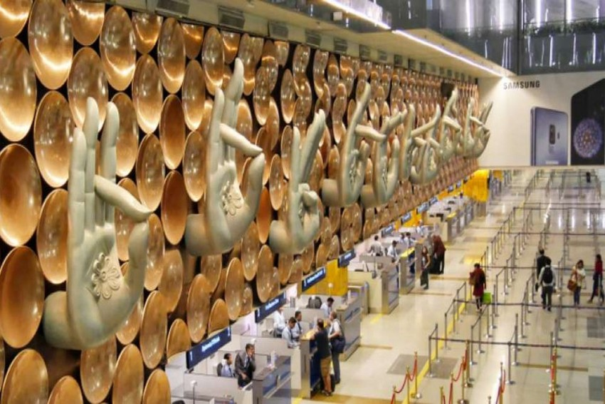 Abandoned Packet Containing Gold Bar Triggers Bomb Scare At IGI Airport