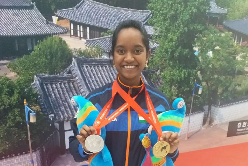 Elavenil Valarivan Shoots Double Gold For India At Junior World Cup