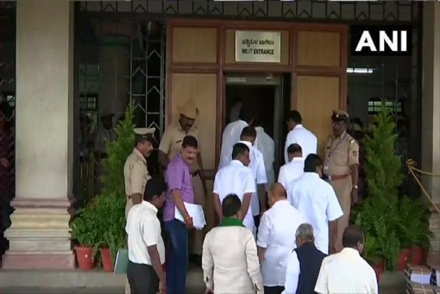 'Serious Threat' From Congress Leaders, No Intention Of Meeting Them: Rebel Karnataka MLAs Tell Police