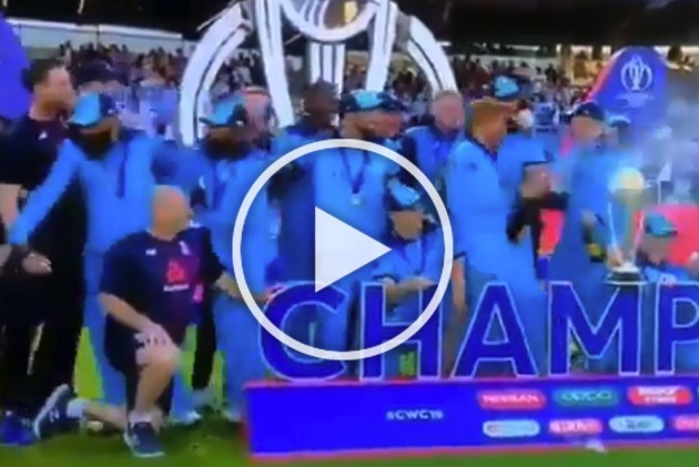 ICC Cricket World Cup Final: Moeen Ali, Adil Rashid Force To Flee England's Wild Victory Celebration – WATCH