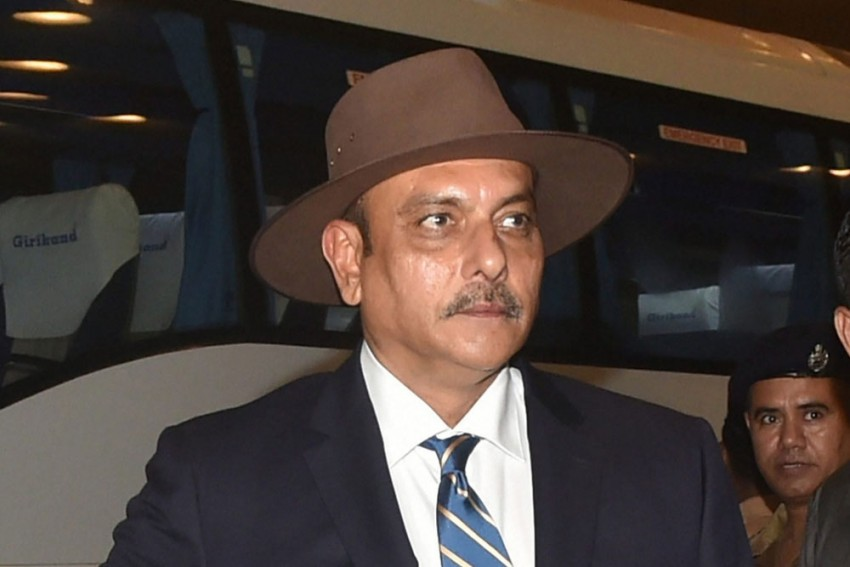Ravi Shastri An 'Automatic Entry' As Indian Cricket Team Looks For New Head Coach