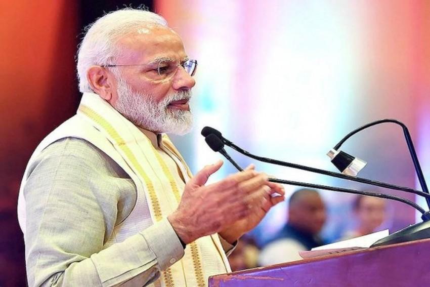 Guru Purnima Is An Auspicious Day, We Bow In Reverence To Gurus, Says PM Modi