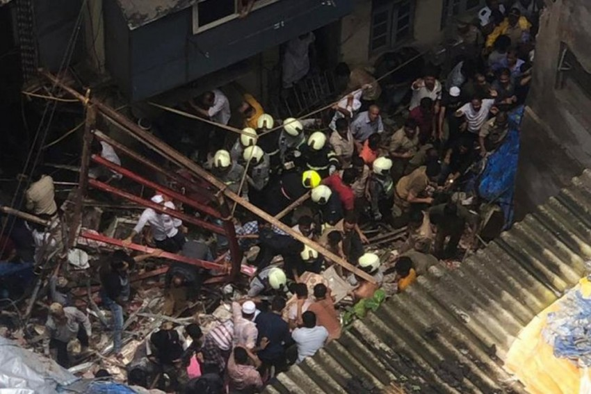 14 Dead, Many Still Trapped As 100-Year-Old Building Collapses In Mumbai's Dongri Area