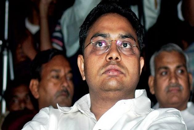 IT Dept Attaches 'Benami' Plot Worth Rs 400 Crore In Noida Belonging To Mayawati's Brother, Wife
