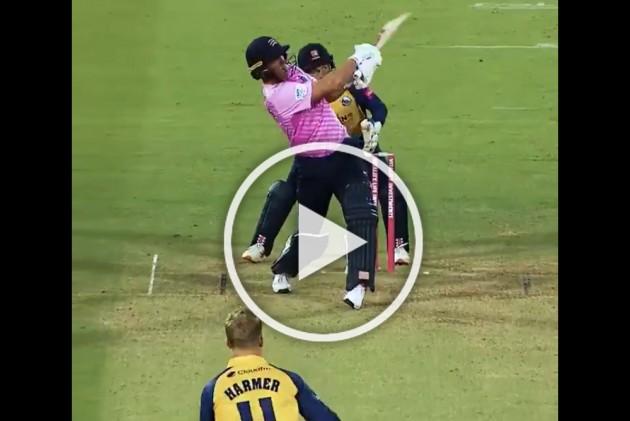 WATCH: South Africa Cricket Legend AB De Villiers Shines On T20 Blast Debut