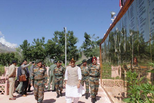 J&K: Rajnath Singh Pays Tribute To Soldiers Killed In 1999 Kargil War At Dras War Memorial