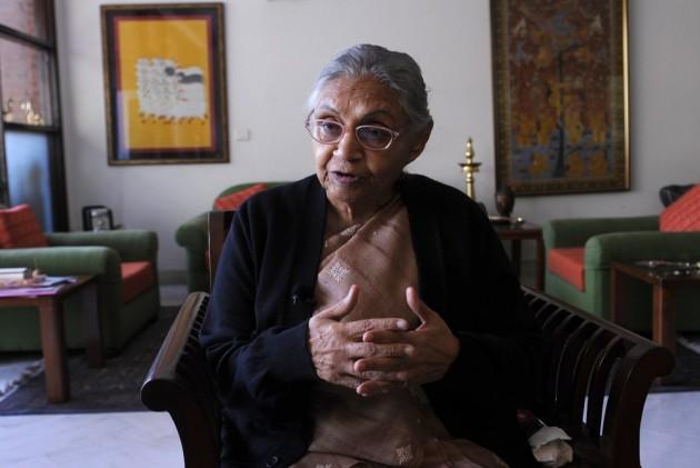 Akshay Kumar, Lata Mangeshkar Among Bollywood Celebs To Pay Tribute To Sheila Dikshit