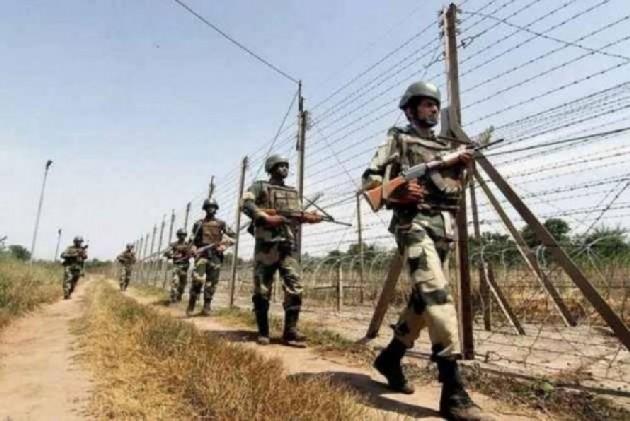 JK: Soldier Killed As Pakistan Violates Ceasefire Along LoC