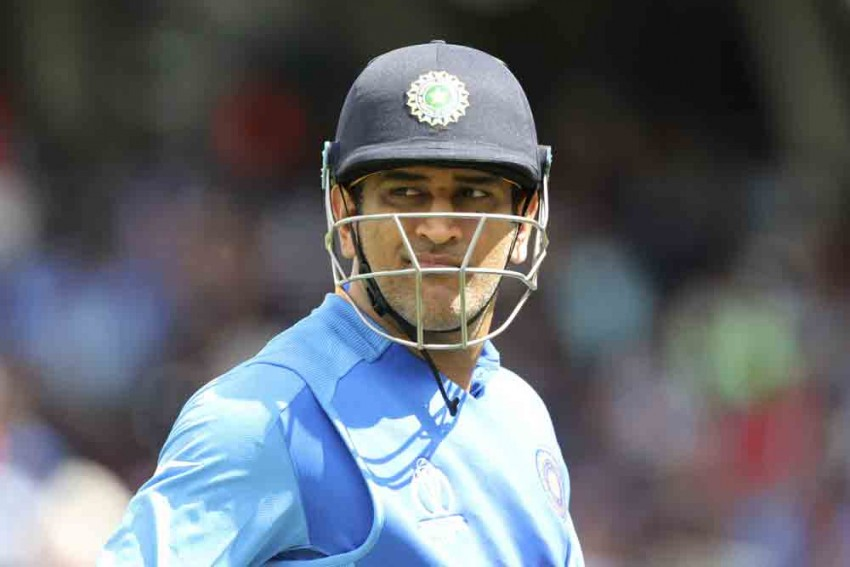Indian Selectors Should Ask MS Dhoni How Long Will He Play: Mohammad Azharuddin