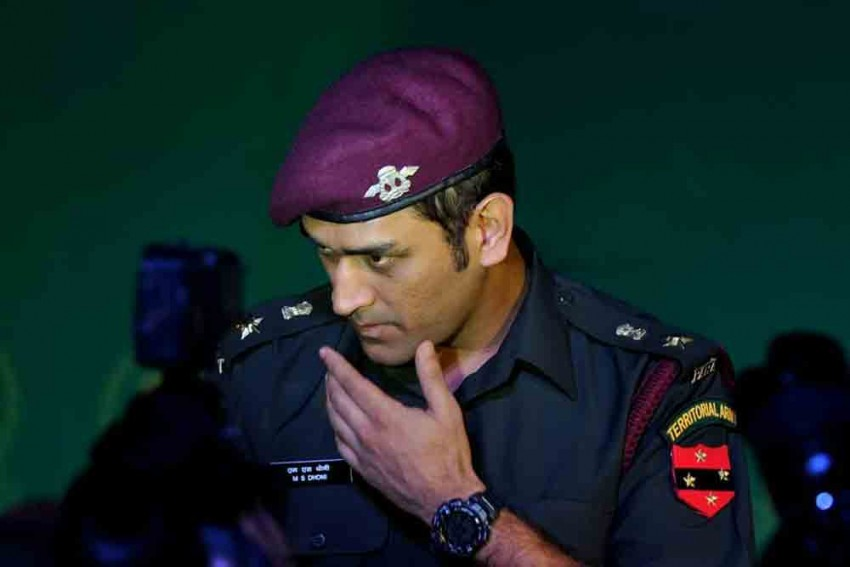 David Lloyd Finds MS Dhoni Joining Army Funny, Gets Slammed By Fans