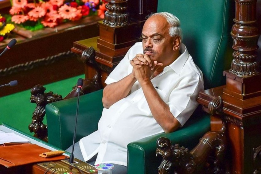 Karnataka Crisis: Speaker Summons Rebel MLAs Tomorrow
