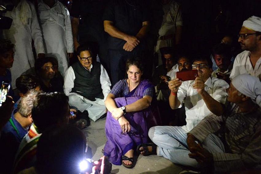 Priyanka Gandhi A 'Role Model, Dedicated Leader': Shatrughan Sinha Backs Her For Congress' Top Post