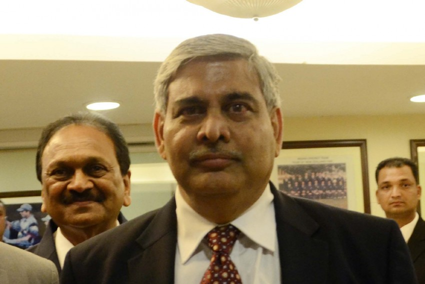 Did Amrapali Group Make Illegal Payments To ICC Chief Shashank Manohar?
