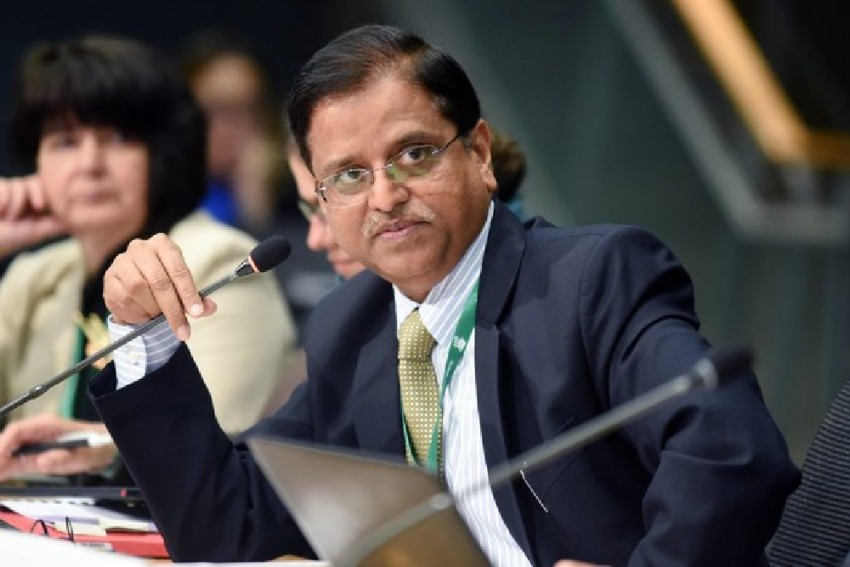 Day After Handing Over VRS, Subhash Chandra Garg Takes Charge As New Power Secretary