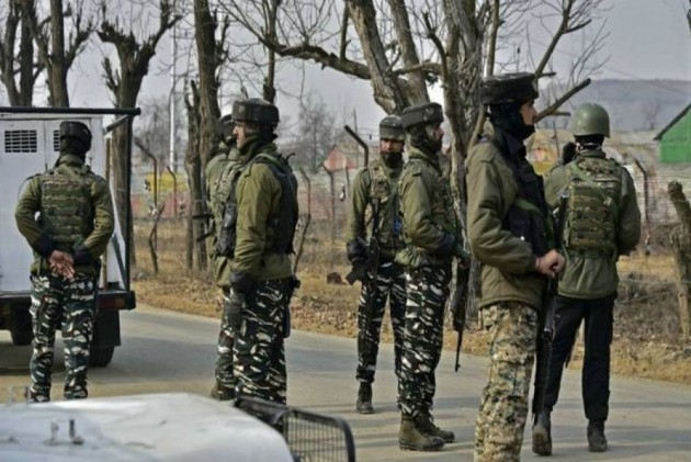 Anxiety Grows In Valley After Centre's Decision To Move 10,000 Extra Troops To J&K