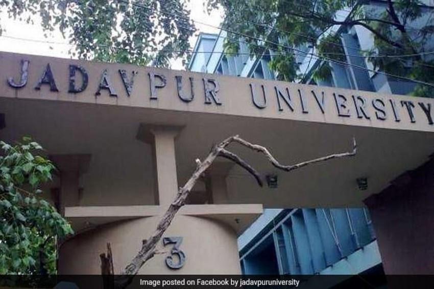 Ex-Jadhavpur Student Allegedly Assaults Professor Over Discrimination