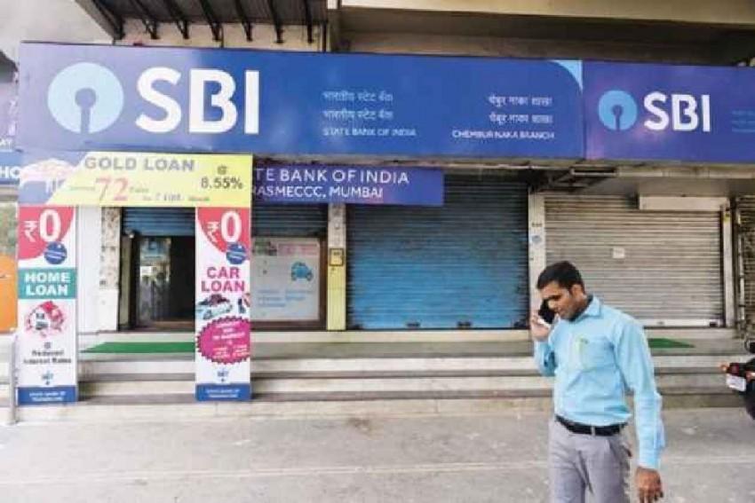 SBI Slashes Deposit Rates On Various Tenors Citing Surplus Liquidity