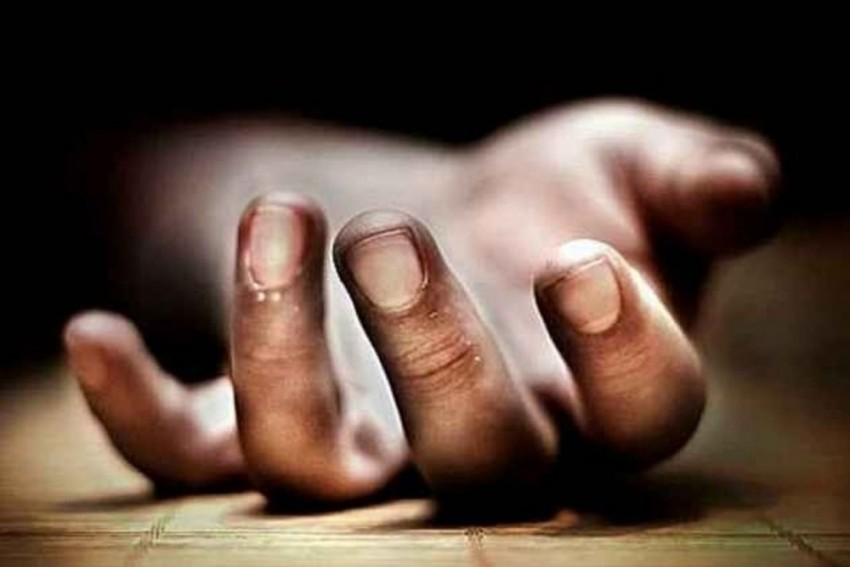 Disfigured Body Of 19-Year-Old Woman Found Stuck Between Two Buildings In Noida