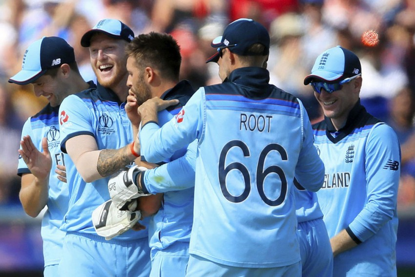 ENG Vs NZ, ICC Cricket World Cup 2019:  England Thrash New Zealand, Qualify For Semifinals For First Time Since 1992