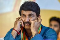 AAP Protests Outside Delhi BJP Chief Manoj Tiwari's Residence Over Corruption Allegation