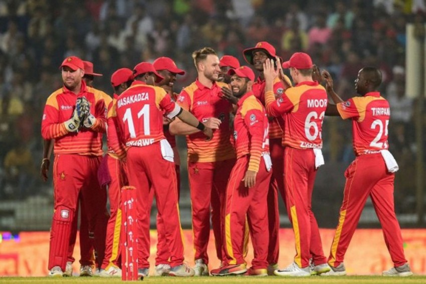 Zimbabwe Cricketers Ready To Play For Free To Keep The Game Alive In The Country