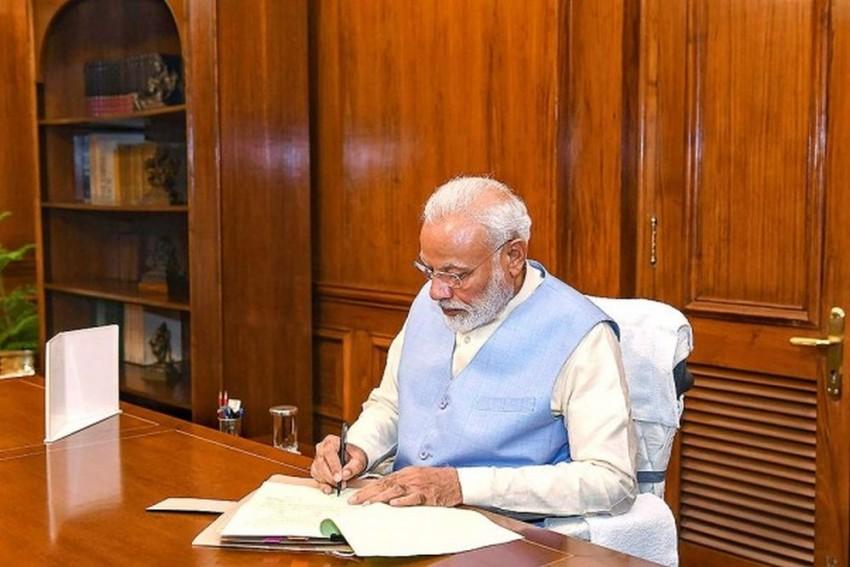 PM Modi Says Economic Survey Outlines Vision To Achieve $5 Trillion Economy