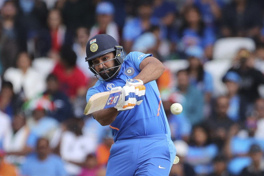 'My Job Is To Keep My Head Straight,' Rohit Sharma Vows Sachin Tendulkar World Cup Milestone Not A Distraction