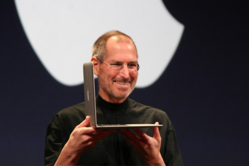 Steve Jobs Was Master At 'Casting spells' On Workers To Keep Apple Alive, Says Bill Gates