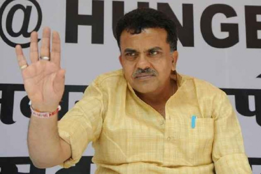 Resignation Or Ladder To Grow Politically? Sanjay Nirupam On Milind Deora's Stepping Down